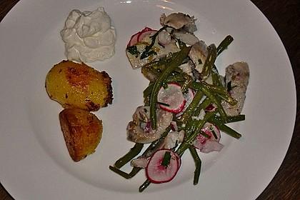 Bohnen-Matjes-Salat mit Kümmelkartoffeln 3