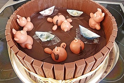 Philadelphia-Kuchen mit Schweinen im Schlamm