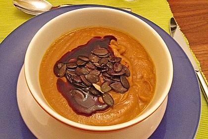 Kürbissuppe mit roten Linsen 1