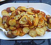Bratkartoffeln in Weißwein (Bild)