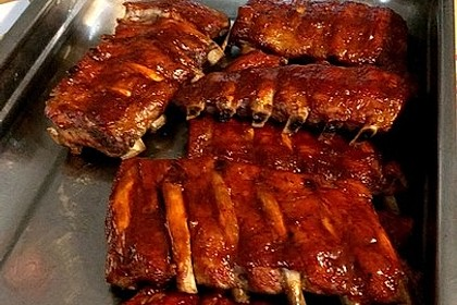 Köstliche BBQ Spareribs für Smoker und Backofen mit Soße und Gewürzmischung 37