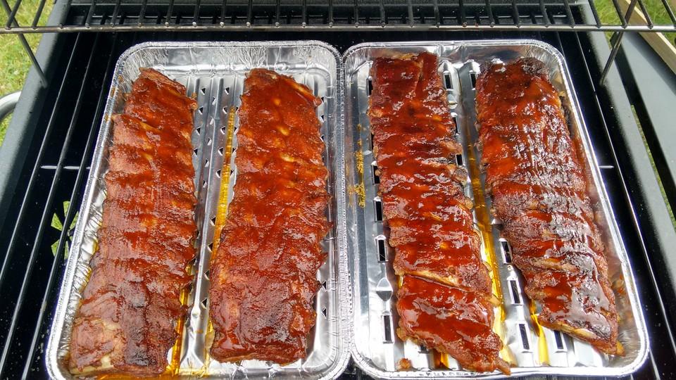 Spareribs Gasgrill Backofen : Köstliche bbq spareribs für smoker und backofen mit soße und