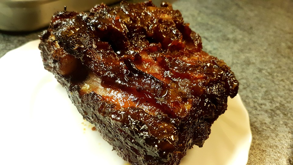 Kalbs Spareribs Gasgrill : Köstliche bbq spareribs für smoker und backofen mit soße und