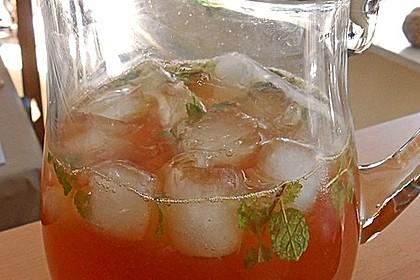 Alkoholfreier Cocktail mit Kräuterlimonade 5