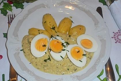 Eier in pikanter Senfsoße (Bild)