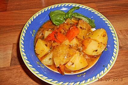 Mediterraner Backkartoffelsalat