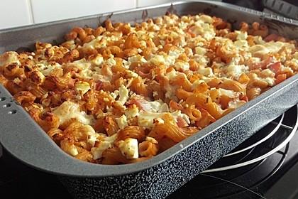 Cremiger Nudelauflauf mit Tomaten und Mozzarella 79