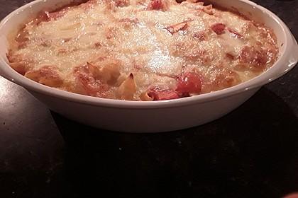 Cremiger Nudelauflauf mit Tomaten und Mozzarella 196
