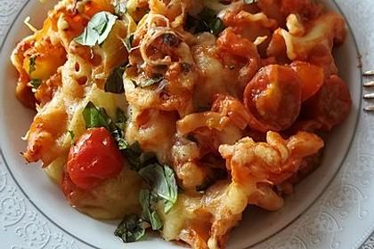 Cremiger Nudelauflauf mit Tomaten und Mozzarella 26