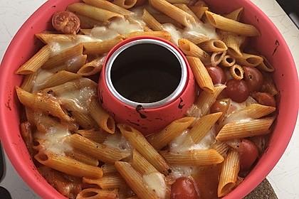 Cremiger Nudelauflauf mit Tomaten und Mozzarella 191