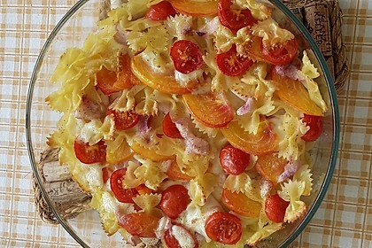 Cremiger Nudelauflauf mit Tomaten und Mozzarella 43