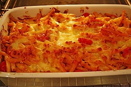 Cremiger Nudelauflauf mit Tomaten und Mozzarella 74
