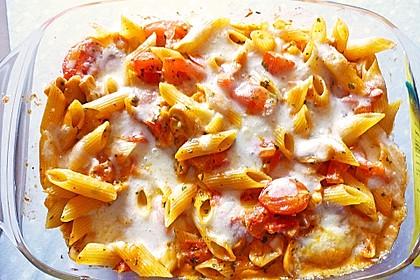 Cremiger Nudelauflauf mit Tomaten und Mozzarella 60