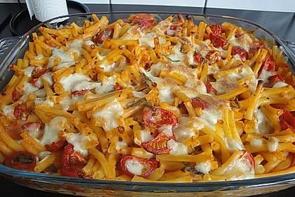 Cremiger Nudelauflauf mit Tomaten und Mozzarella 28