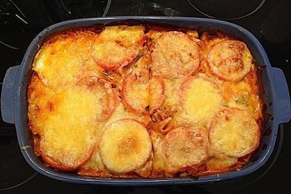Cremiger Nudelauflauf mit Tomaten und Mozzarella 182