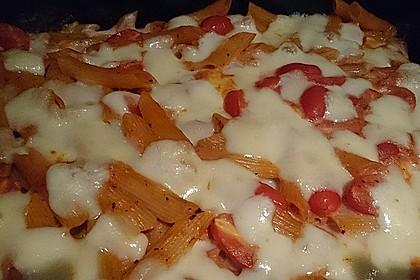 Cremiger Nudelauflauf mit Tomaten und Mozzarella 70