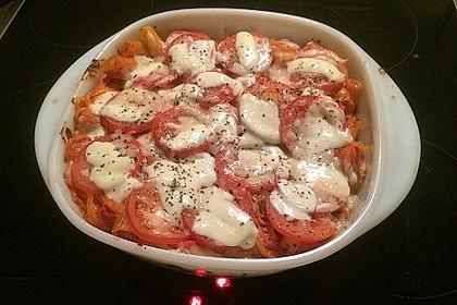 Cremiger Nudelauflauf mit Tomaten und Mozzarella 148