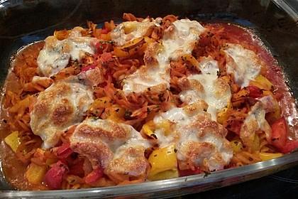 Cremiger Nudelauflauf mit Tomaten und Mozzarella 179