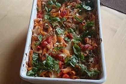 Cremiger Nudelauflauf mit Tomaten und Mozzarella 210