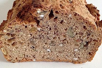 Brot mit Bier gebacken 16