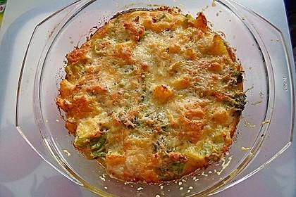 Kartoffel-Brokkoli-Auflauf mit Gewürzgurken