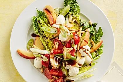 Bunter Blattsalat mit Pfirsichen 1
