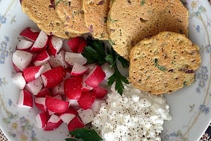 Schnelle Falafel aus Kichererbsenmehl 16