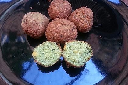 Schnelle Falafel aus Kichererbsenmehl 10