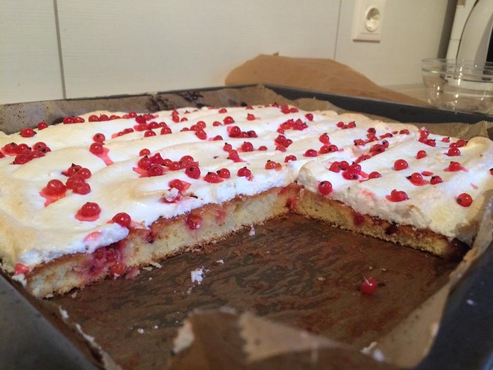 Johannisbeer Baiser Kuchen Vom Blech Von Sumseb Chefkoch De