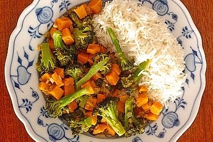 Süßkartoffeln und Brokkoli in Kokosmilch 1