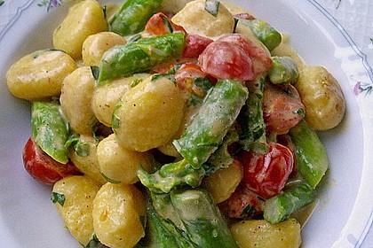 Gnocchi mit grünem Spargel