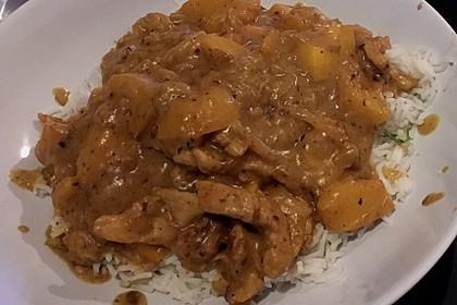 Fruchtig-scharfe Currypute auf Reisbett 1