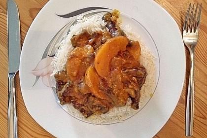 Fruchtig-scharfe Currypute auf Reisbett
