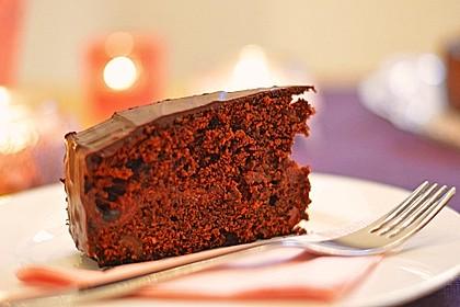 Saftiger Schokoladen-Kirsch-Kuchen