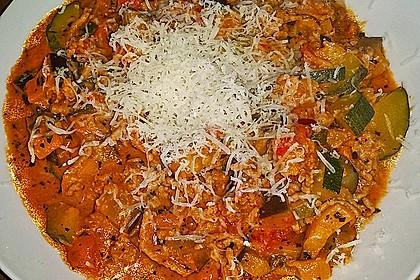 Hackfleischpfanne mit Tomaten und Gemüse 7