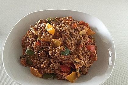Hackfleischpfanne mit Tomaten und Gemüse 21