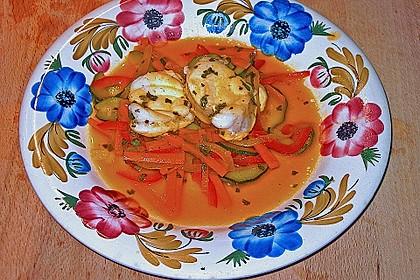 Seeteufelragout mit Gemüsejulienne und Safransauce 2