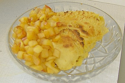 Crêpes mit karamellisierten Äpfeln 18