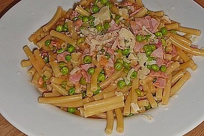 Spaghetti mit Schinken und Erbsen 4