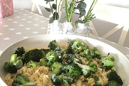 Brokkoli - Nudeln (Bild)
