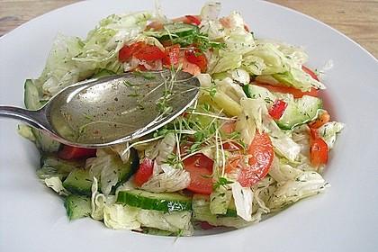 Salatdressing Essig und Öl 14