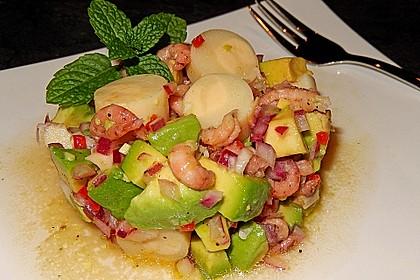 Palmenherzensalat mit Krabben und Avocado 1