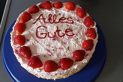 Erdbeer - Yogurette - Torte 72