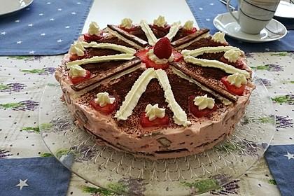 Erdbeer - Yogurette - Torte 73