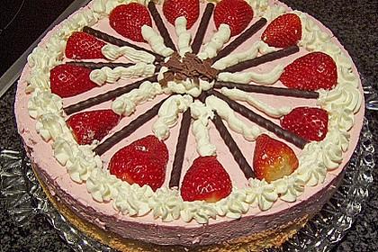 Erdbeer - Yogurette - Torte 43