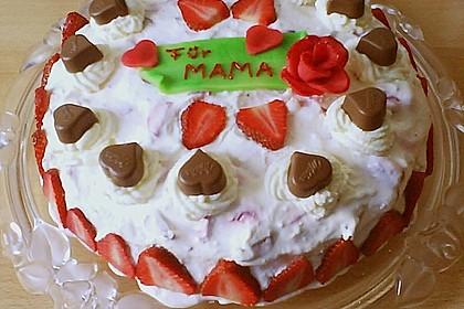 Erdbeer - Yogurette - Torte 75