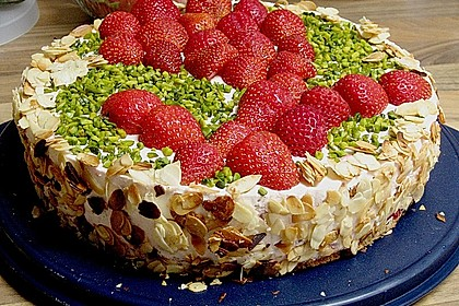 Erdbeer - Yogurette - Torte 90