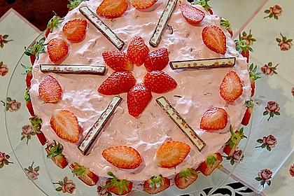 Erdbeer - Yogurette - Torte 13