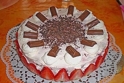 Erdbeer - Yogurette - Torte 40