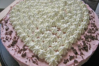 Erdbeer - Yogurette - Torte 98